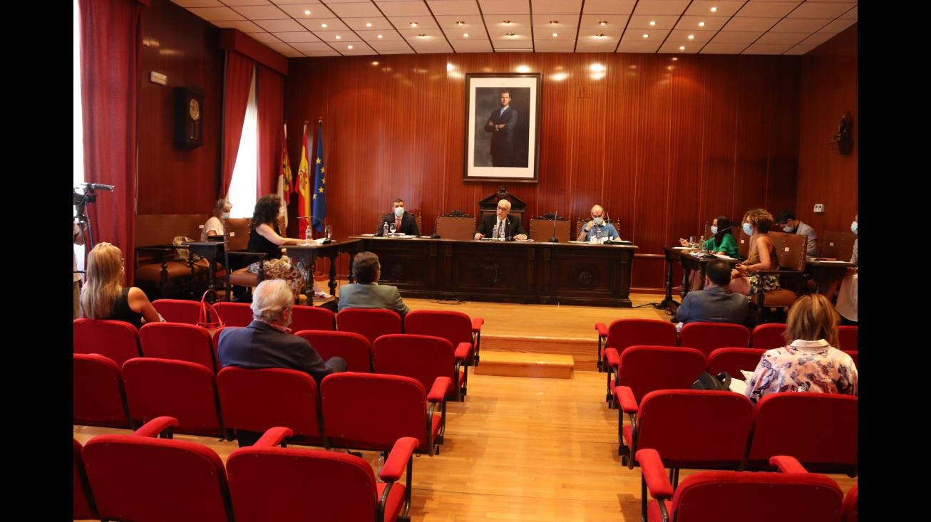 Ratificada la apuesta por la hostelería con la ampliación del horario de terrazas aprobado por el pleno
