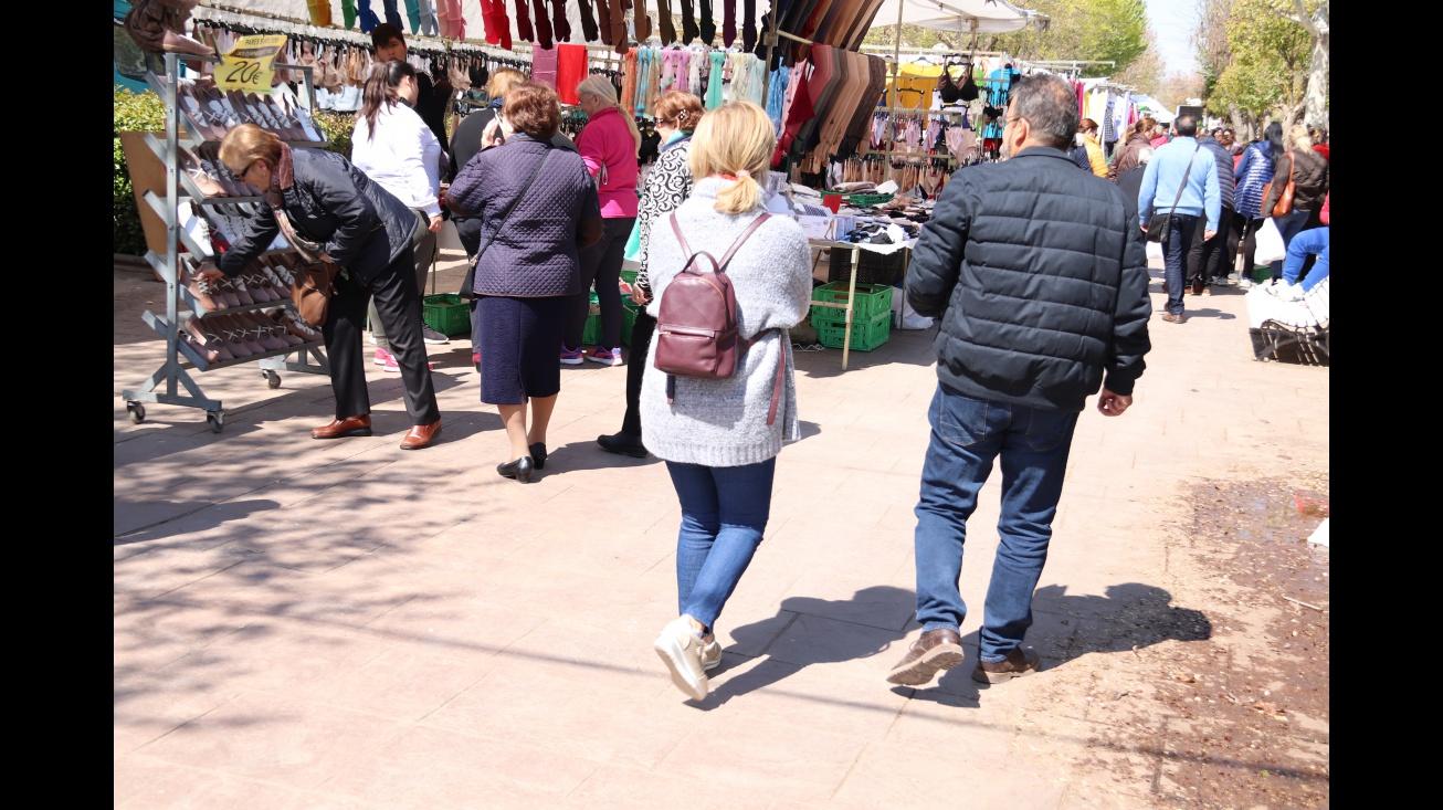 Imagen de archivo del mercadillo de Manzanares