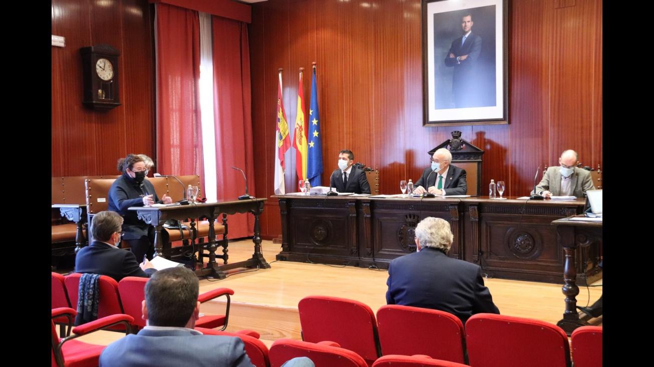 Pleno del Ayuntamiento de Manzanares (diciembre de 2020)