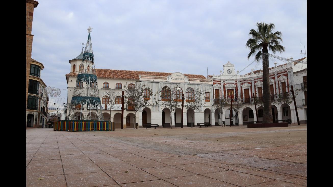 Plaza de la Constitución con sal en su superficie