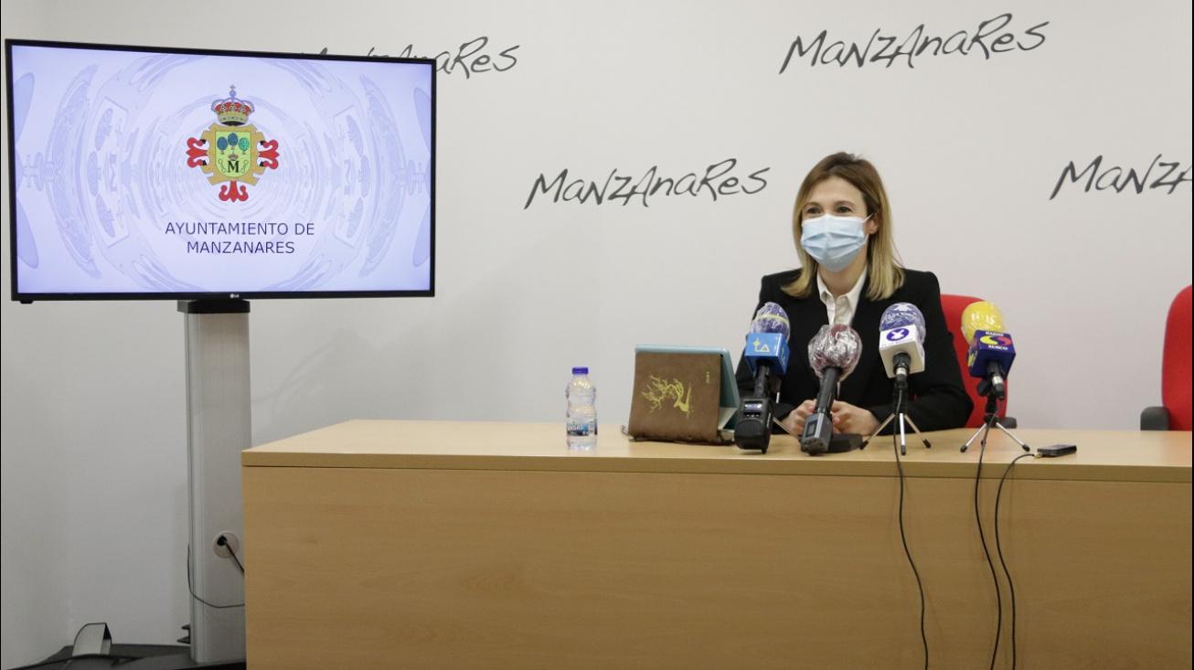 Laura Carillo en rueda de prensa