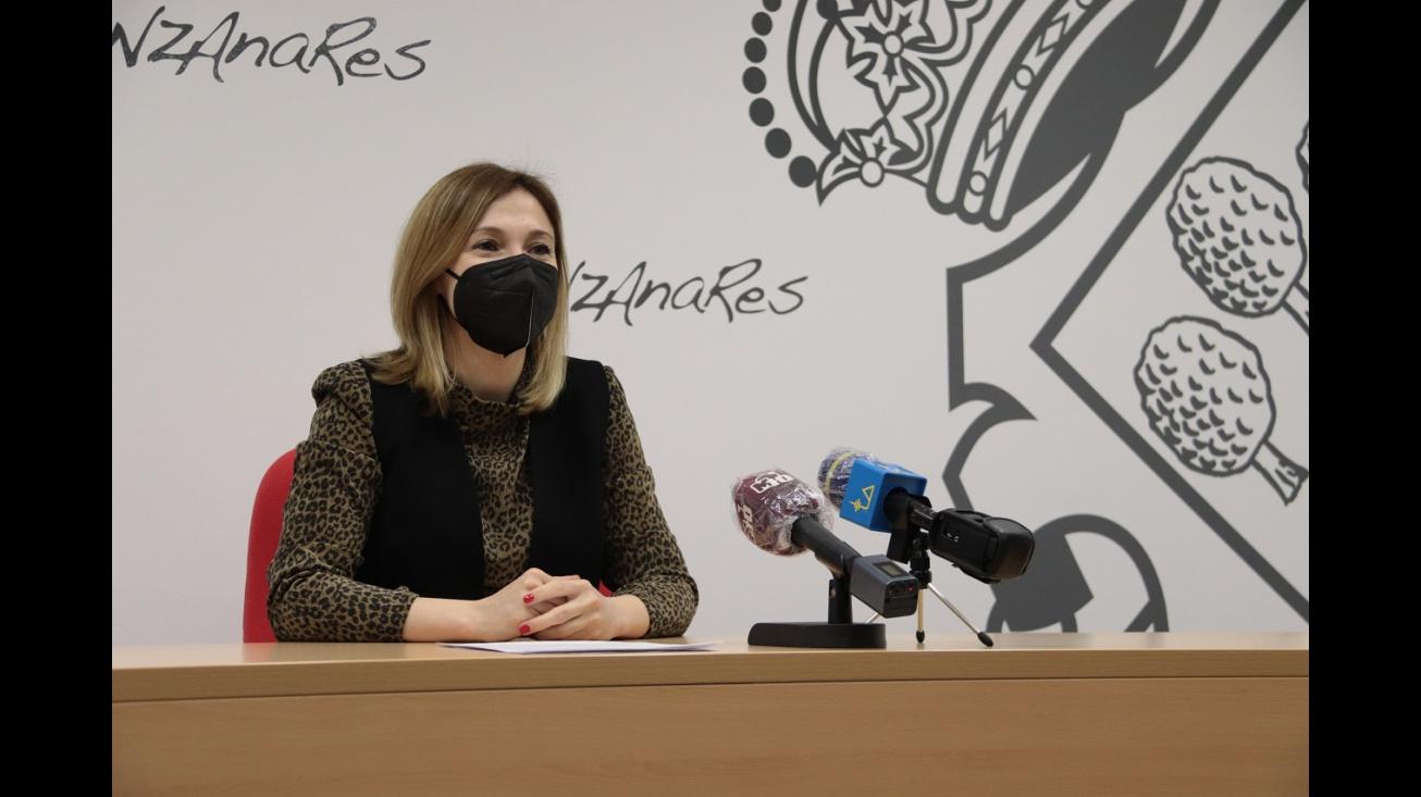 Laura Carrillo en rueda de prensa