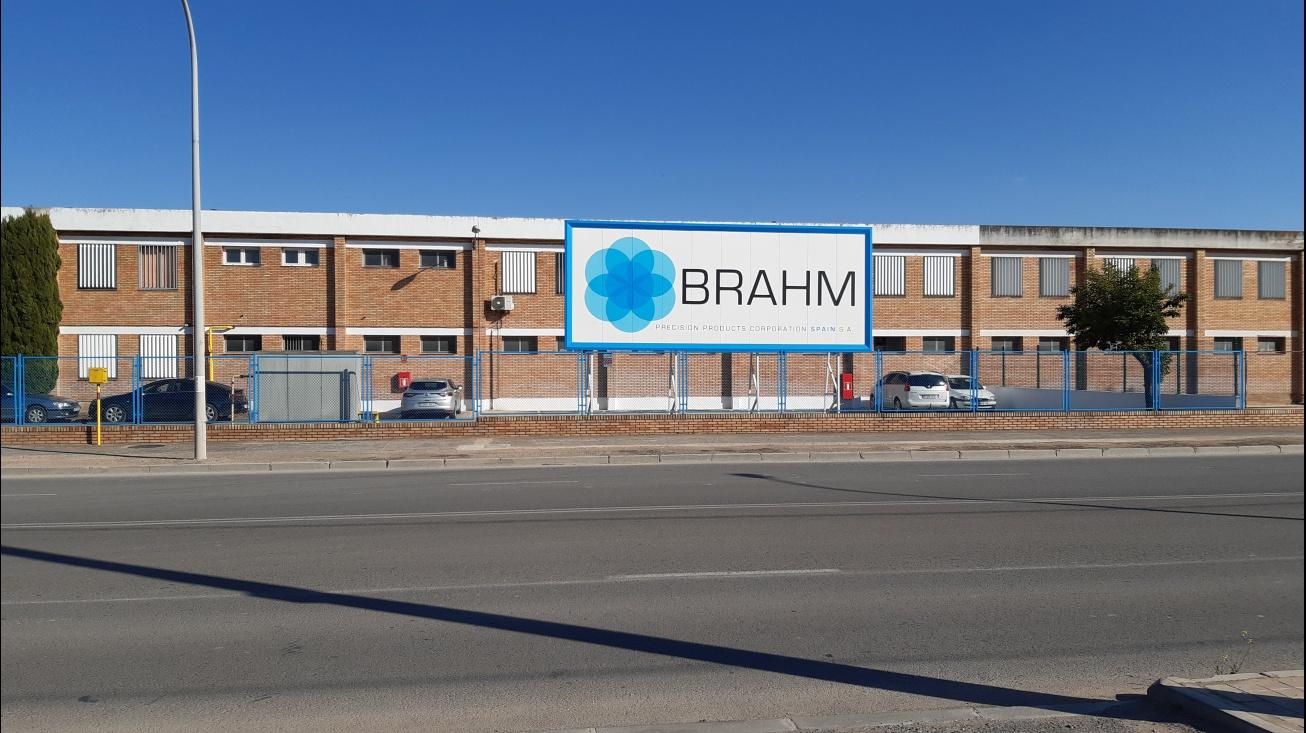 Exterior de la fábrica de Brahm en Manzanares