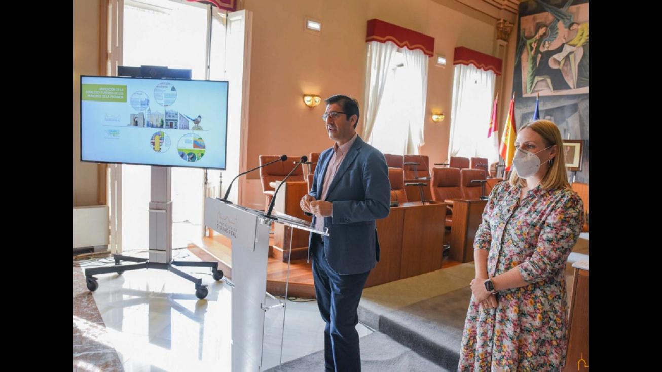 José Manuel Caballero y María Jesús Valverde. Foto: Diputación de Ciudad Real